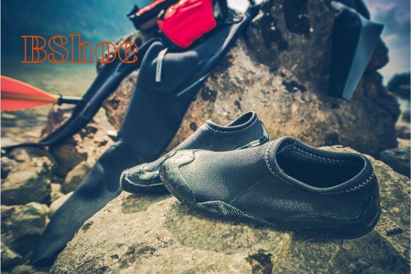 What to look for when buying Kayak Shoes